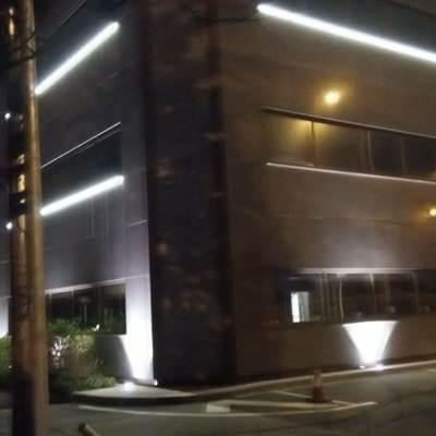 Resultado de la instalación del alumbrado LED en fachada del edificio Gobelas, Madrid