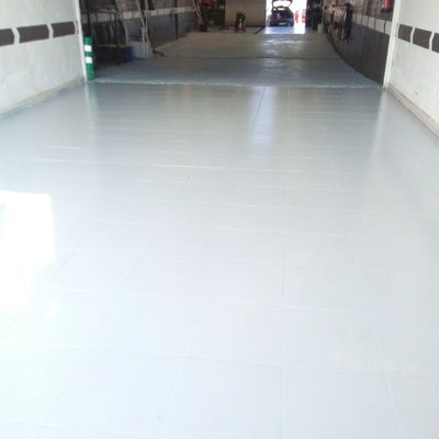 Pavimento pintado con resina epoxi