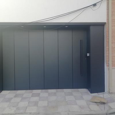 Puerta corredera eléctrica