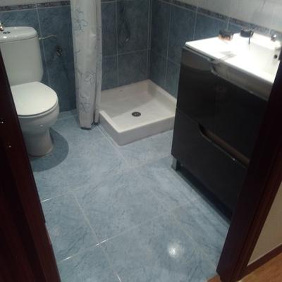 Cambio de plato de ducha e instalacion de mamapara