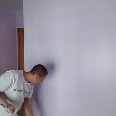 Pintar habitación después de haber quitado el papel