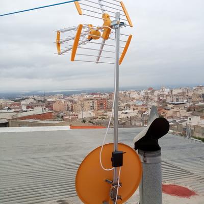 Instalación antena TDT y parabólica