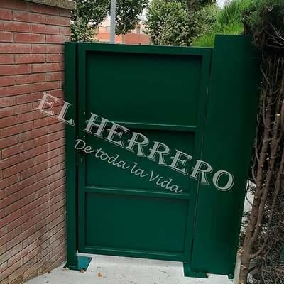 Puerta entrada a jardin