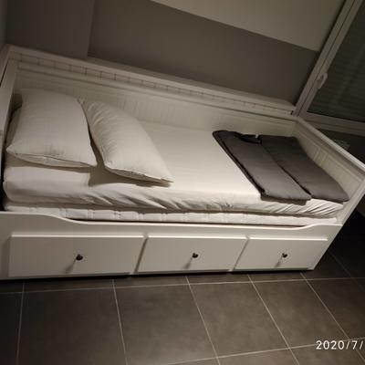 Montaje de cama/diván