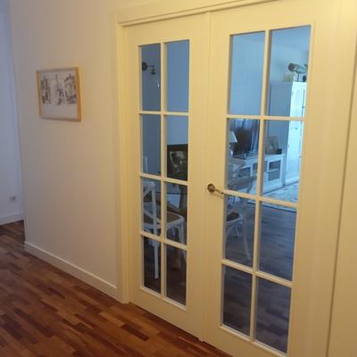Puertas, pintura, parquet