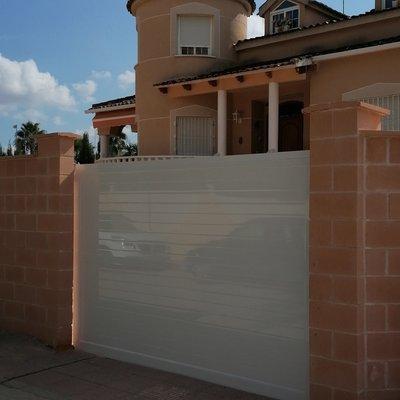Puerta corederas garage