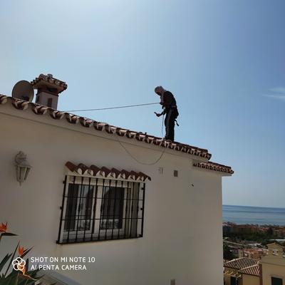 Pintando el tejado