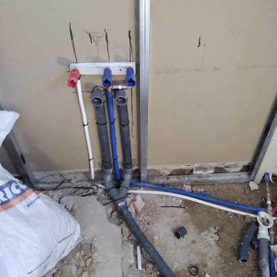 Instalación de agua fria caliente y desagüe de la cocina