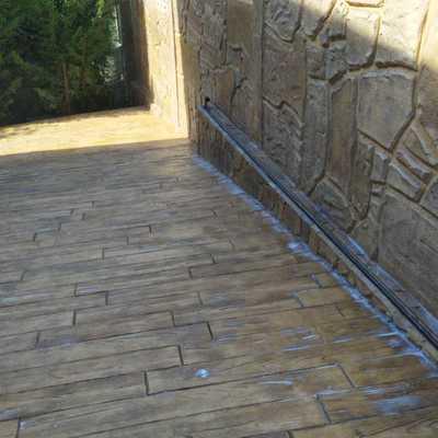 Hormigon impreso en suelos y paredes