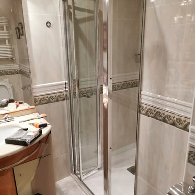 Modificación de plato de ducha