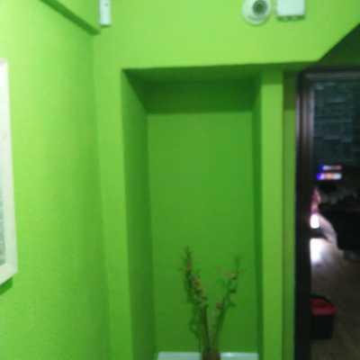 ¿Quieres pintar tu casa/negocio en 48h y quieres empezar ya? Llámanos y nosotros nos encargamos.
