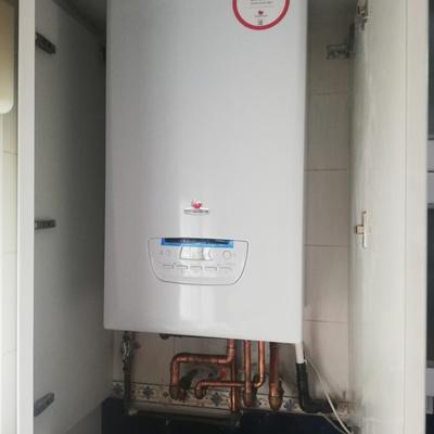 Instalación cambio caldera de gas natural