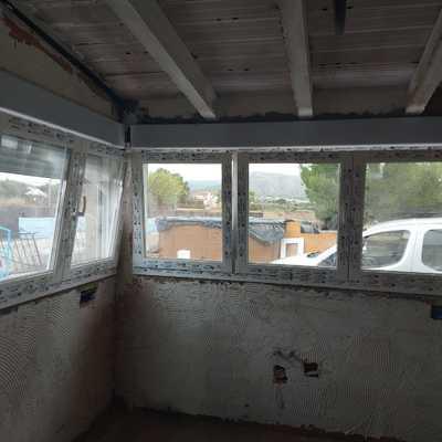 Esquina ventana pvc 5 oscilos