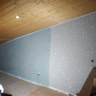 Picado de pared de comedor en buhardilla