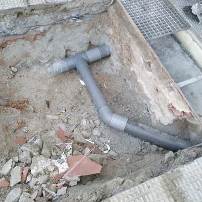 Instalacion acometida de desagües en vivienda