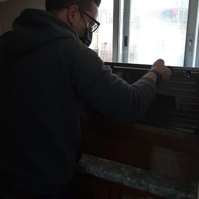 Trabajos de sellados de ventanas