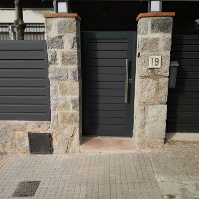 Instalación Puerta PVC
