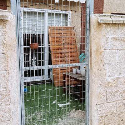 Puerta exterior patio