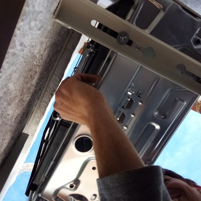 Vista inferior de montaje de unidad exterior de Split de pared
