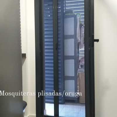Mosquiteras para puertas y balcones