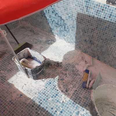 Construcion de pequeña piscina