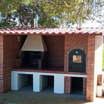 CONSTRUCCION BARBACOA CON HORNO