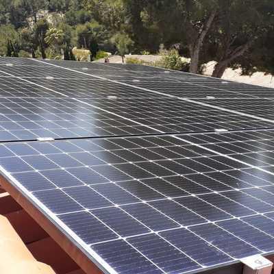 Instalación fotovoltaica 10 módulos