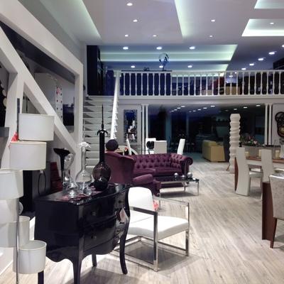 Reforma de exposicion de muebles