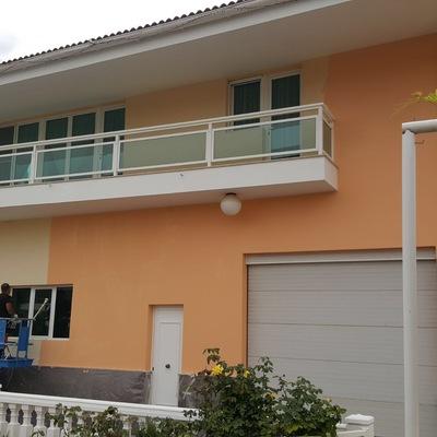 Pintura de fachada exterior vivienda