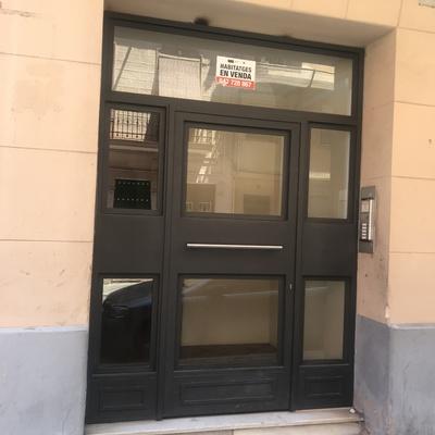 Puerta de vestíbulo