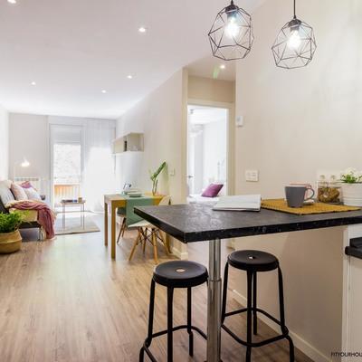 Reforma apartamento con HOme Staging. detalle cocina y salón