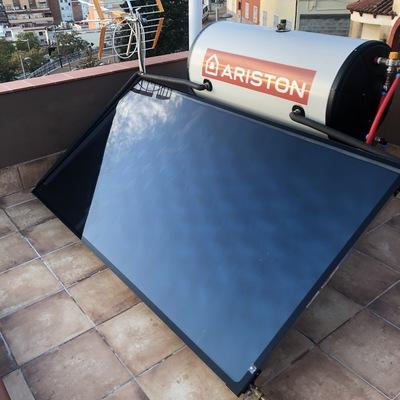 placa solar con acumulador incorporado