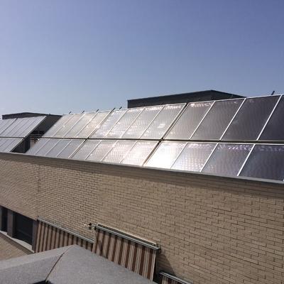 Solar térmica centralizada.
