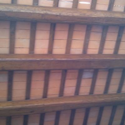 rehabilitación techos con vigas de madera i rasilla manual