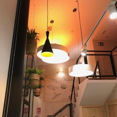 Instalación eléctrica e iluminaria de Local comercial