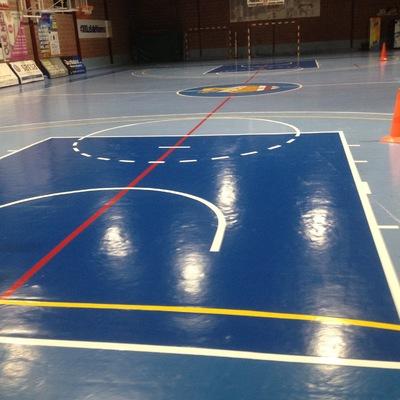 Repintado pista basquet