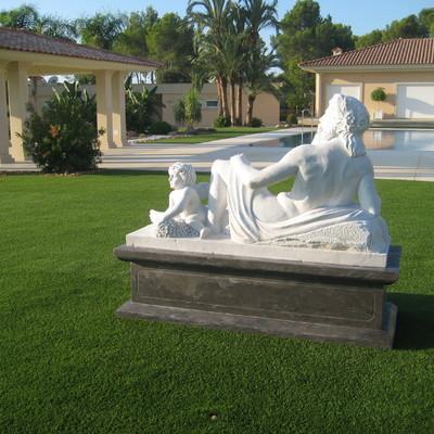Escultura de marmol para jardin