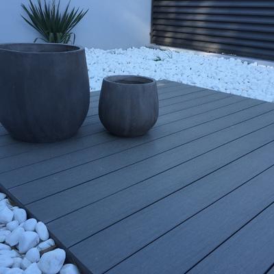 Acondicionamineto terraza, zona entarimanda y bolo blanco