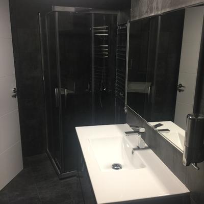 Reforma baño vivienda Santiago