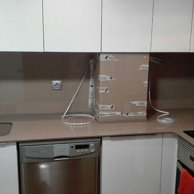 Aplacado cocina Frontal Vidrio Lacado ( Aldaia - Valencia )