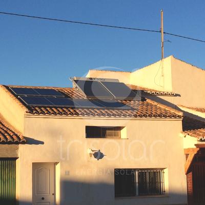 Instalación térmica y fotovoltaica