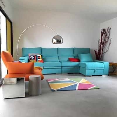 Salón en microcemento color acero