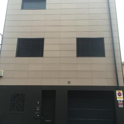fachada ventilada ceramica