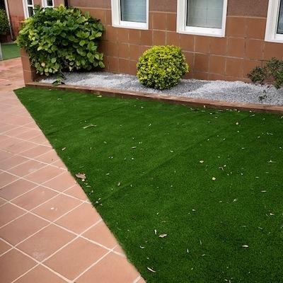 Jardín entrada en Sant Quirze del Vallès