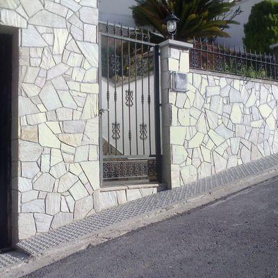 Colocación de piedra quarcita