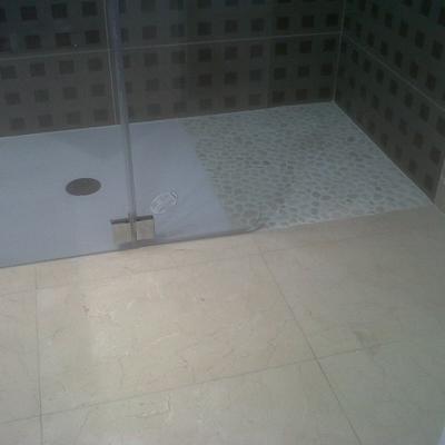Plato de ducha a nivel de suelo