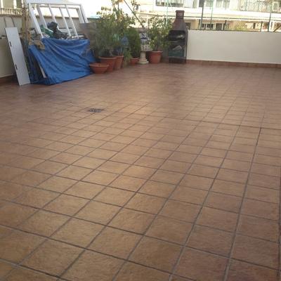 Cliente de Habitissimo.Impermeabilización de terraza y nuevo suelo, en  Terrassa.
