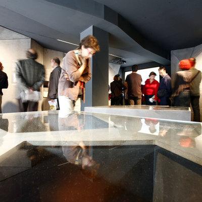 Diseño del centro de interpretación de la Vía Sepulcral Romana de la plaza da la Vila de Madrid, Barcelona