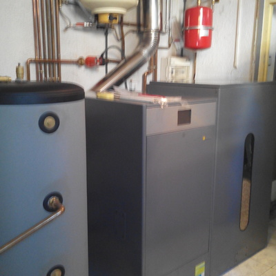 Instalación de caldera Biomasa DOMUSA