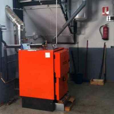 Instalacion de caldera de biomasa D´Alessandro.